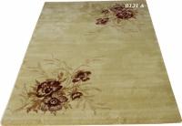 Машинен релефен килим в бежово